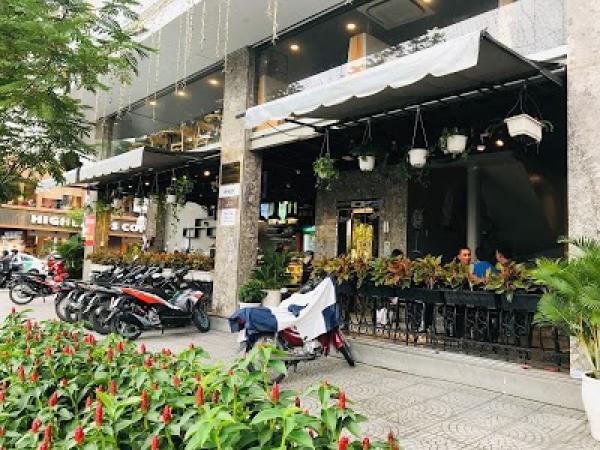 82 Cafe