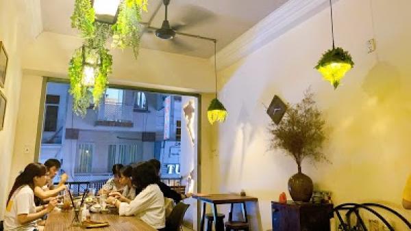 Con Oc Restaurant