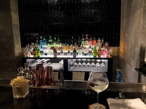 Easy Tiger - Gin Bar