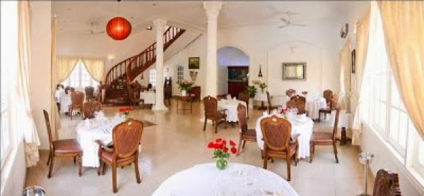 La Villa French Restaurant by Thierry Mounon
