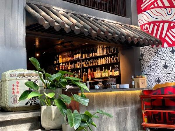 YEN Sushi & Sakee Pub